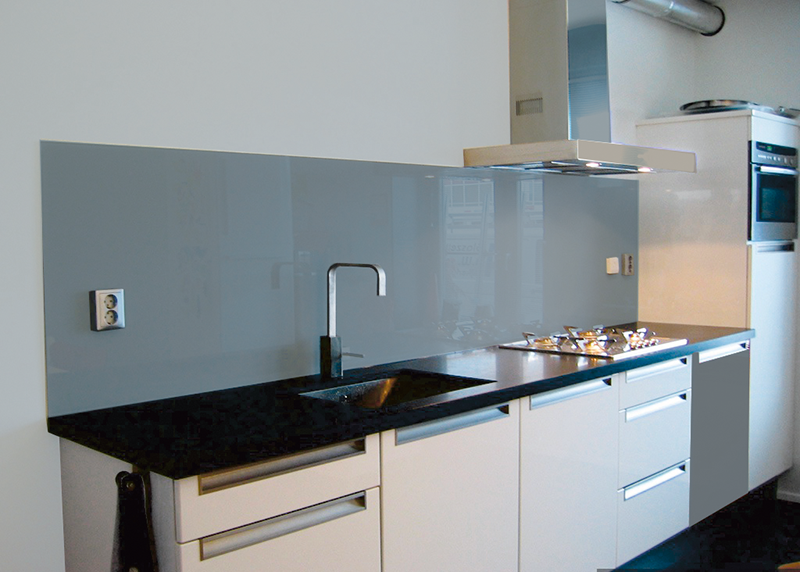 Glazen keukenwand Puur geeft uw keuken klasse en allure. - Jac ...